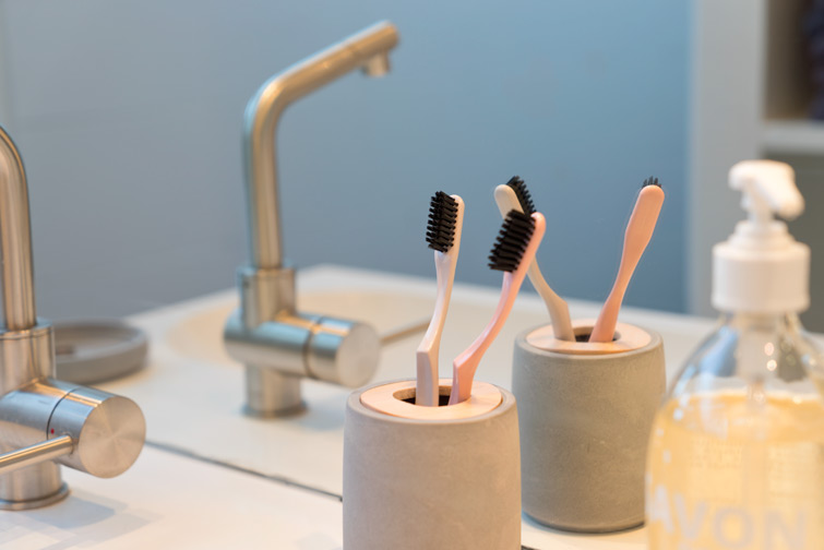 JOELIX.com | Our new bathroom Bioseptyl toothbrushes