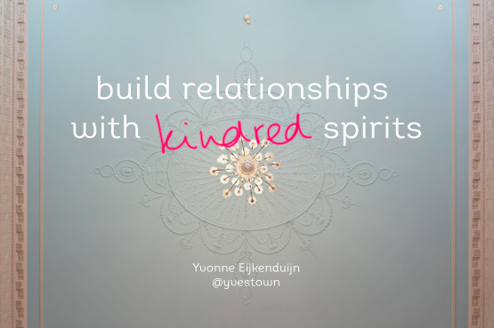 JOELIX.com | Blogtacular highlights - build relationships with kindres spirits by Yvestown