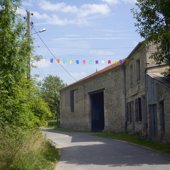 JOELIX.com | Happy buntings in the French countryside