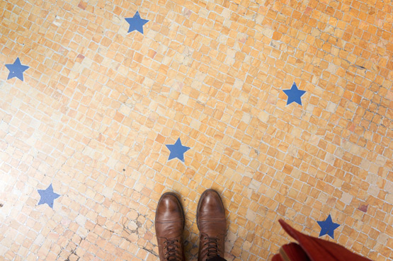 JOELIX.com | Star tiles at the Galleria Vittorio Emanuele II in Milan, Italy