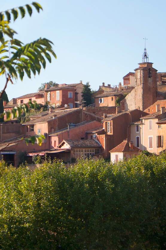 JOELIX.com - Roussillon ochre quarries in Luberon Provence