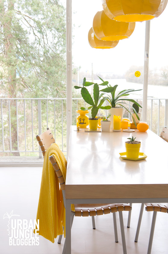 JOELIX.com | Urban Junge Bloggers 1 plant / 3 stylings #urbanjunglebloggers #urbanjungle #yellow livingroom